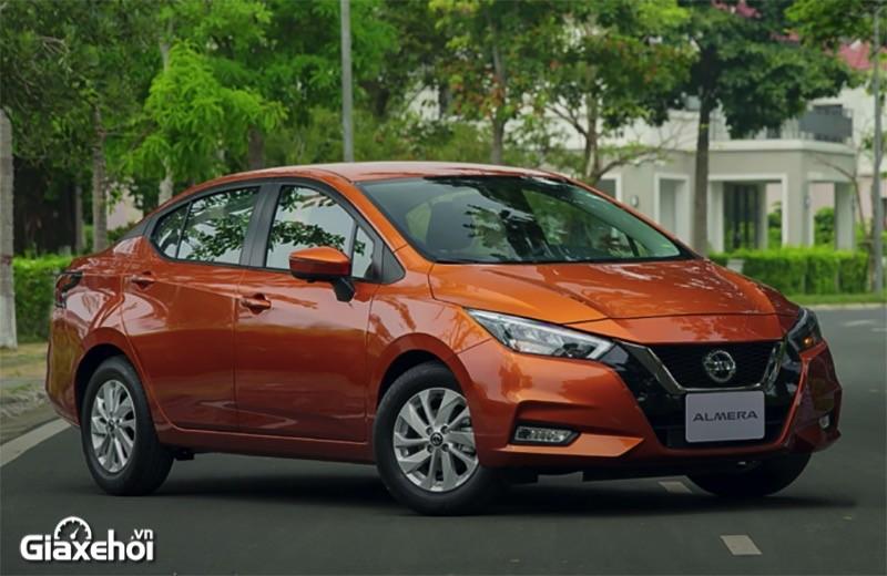"""""""Soi"""" sedan hạng B full-option nào xịn: Nissan Almera CVT Cao cấp hay Hyundai Accent 1.4AT Đặc Biệt?"""