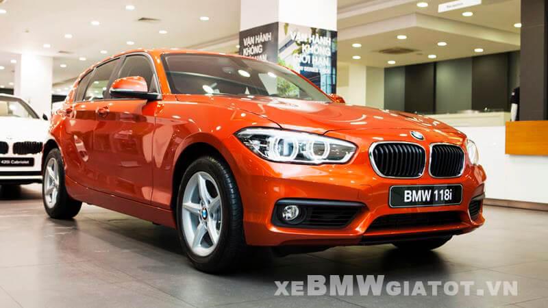 gia-xe-bmw-1-series-2021-giaxehoi-vn