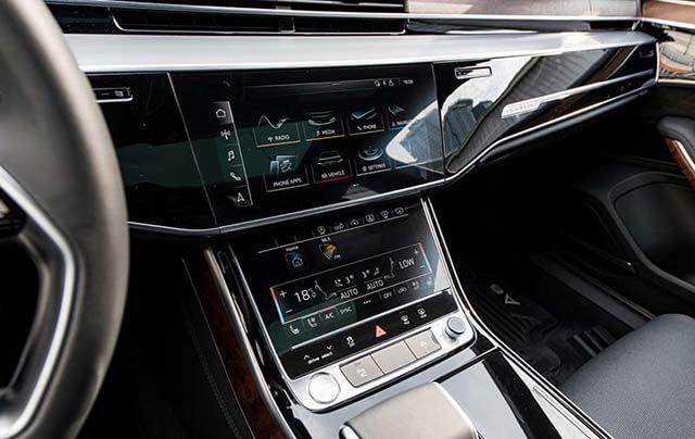 Xe Audi A8L 2022 nhập tư nhân giá gần 7 tỷ đồng có gì đặc biệt?