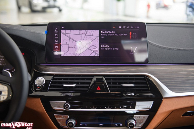 Đánh giá xe BMW 520i Luxury Line 2022: Sang trọng và đẳng cấp thương hiệu Đức