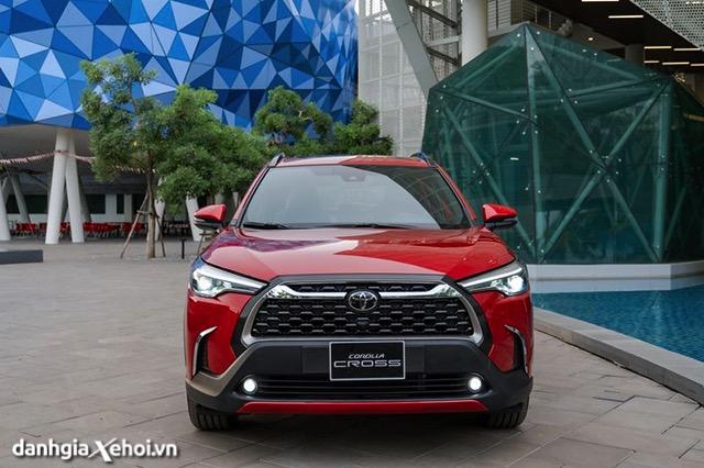 Chi tiết Toyota Corolla Cross 1.8V 2022 giá 820 triệu - Có khiến Hyundai Tucson, Mazda CX-5 gặp khó?