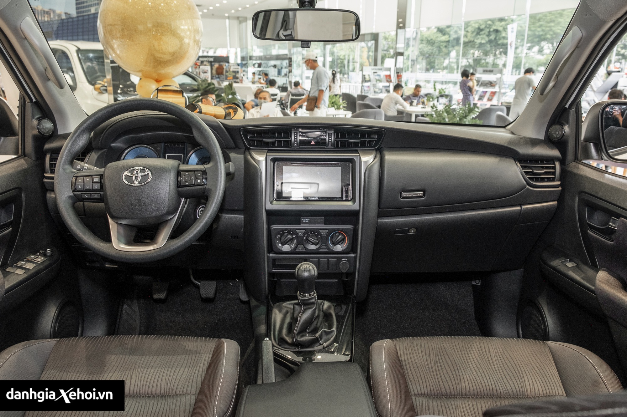 noi-that-xe-toyota-fortuner-may-dau-so-san-2021-danhgiaxehoi-vn