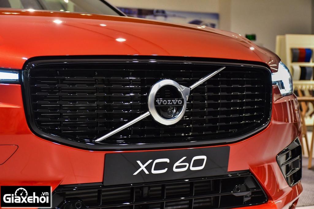 can-truoc-Volvo-XC60-R-design-2021-Muaxegiatot-vn