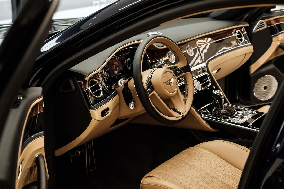 chi-tiet-xe-bentley-flying-spur-first-edition-2021-danhgiaxehoi-vn-7