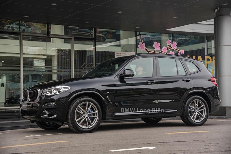 hong xe bmw x3 m sport 2021 giaxehoi vn - Chi tiết xe BMW X3 M Sport 2021: Tập trung nâng cấp không gian nội thất
