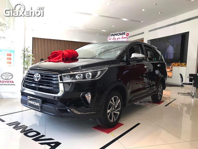 Chi tiết xe Toyota Innova Venturer 2022 – Phiên bản lai giữa Innova G và V