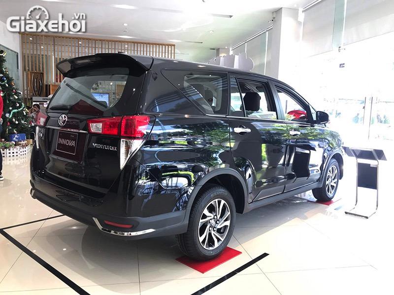 Mam-xe-Toyota-Innova-Venturer-2021-Giaxehoi-vn.jpg