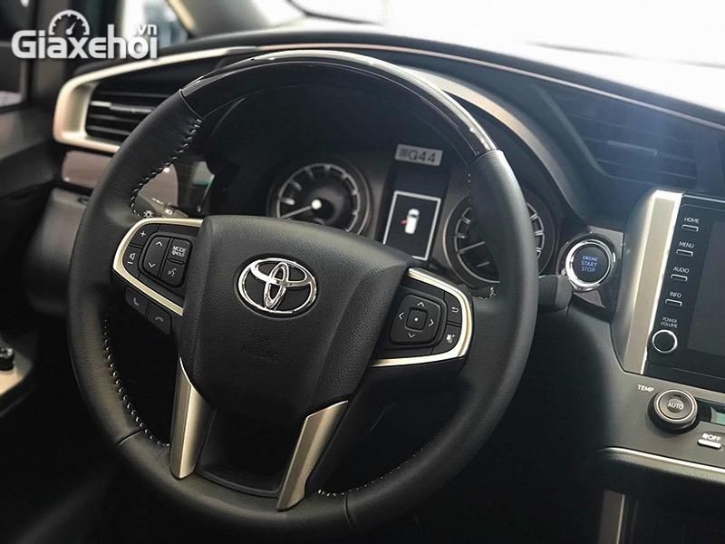 Vo-lang-Toyota-Innova-Venturer-2021-Giaxehoi-vn.jpg