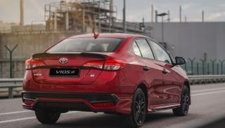 Đuôi xe Toyota Vios GR-S 2022