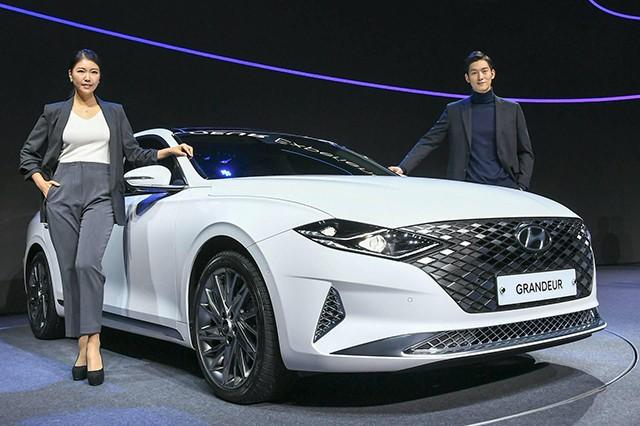Hyundai Grandeur đầu tiên tại Việt Nam – Ngoại thất sang chảnh, tự tin đối đầu Toyota Avalon