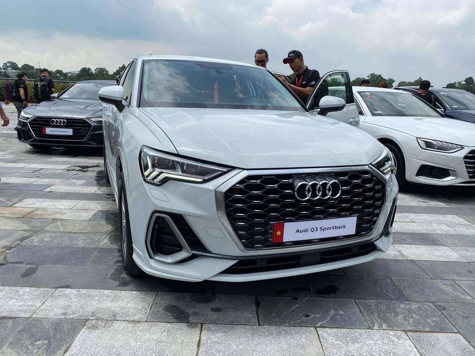 Đánh giá xe Audi Q3 2022 - Mẫu SUV lai Coupe đầu tiên của Audi có mặt tại Việt Nam
