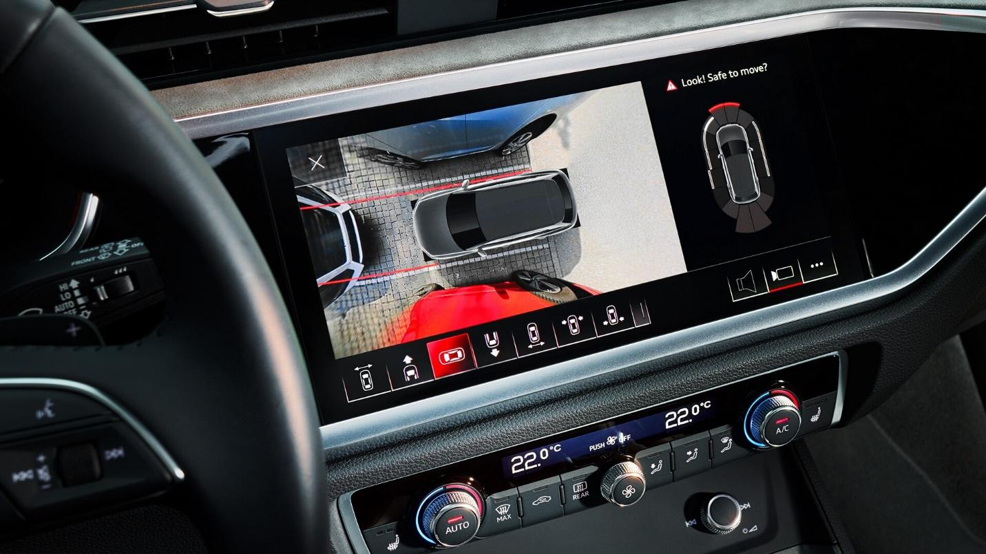 dvd-xe-audi-q3-sportback-20210-danhgiaxehoi-vn-3