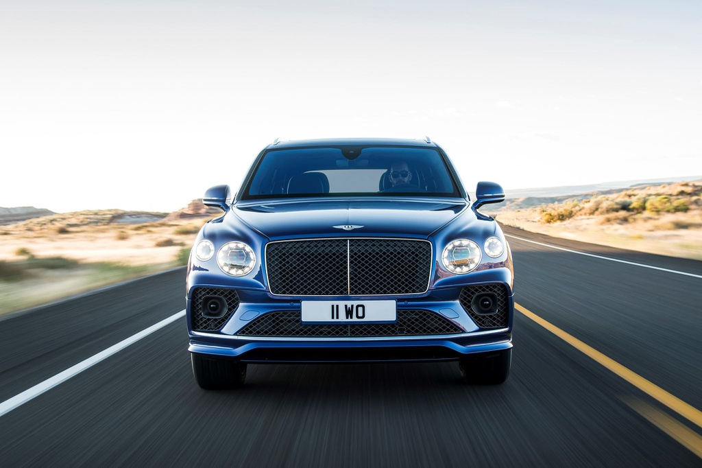 Dau-xe-Bentley-Bentayga-Speed-2021-Xetot-com-blog