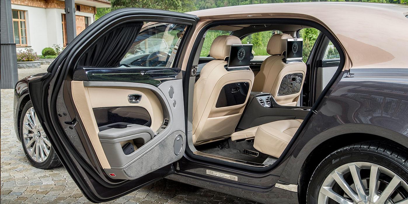 danh-gia-xe-bentley-mulsanne-extended-wheelbase-2021-danhgiaxehoi-vn-2