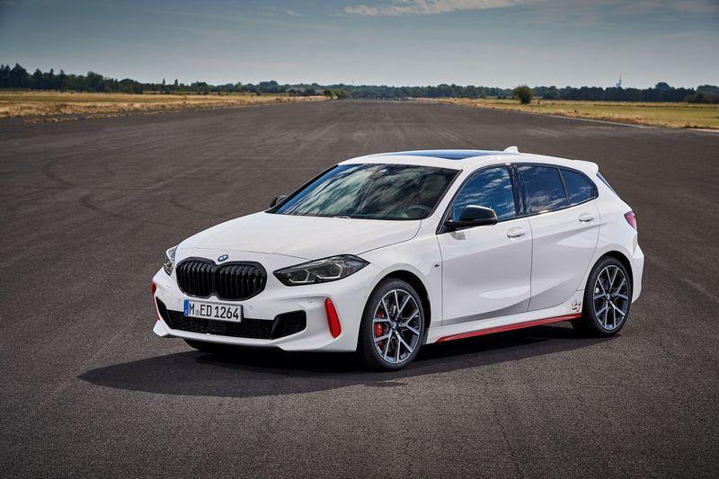 Ra-mat-BMW-128ti-2021-danhgiaxehoi-vn
