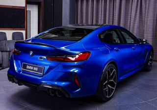 danh-gia-xe-bmw-m8-competition-coupe-2021-giaxehoi-vn-8
