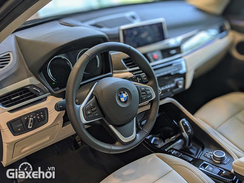 Vo-lang-xe-BMW-X1-sDrive18i-xLine-LCi-2021-Giaxehoi-vn-7