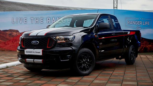 """Đánh giá xe bán tải Ford Ranger 2022 Facelift - """"Ông vua"""" phân khúc bán tải"""