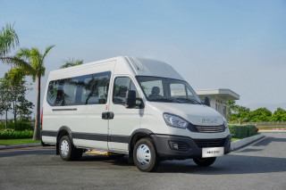Đánh giá xe Iveco Daily 2022 - Tân binh minibus cạnh tranh Transit, Solati