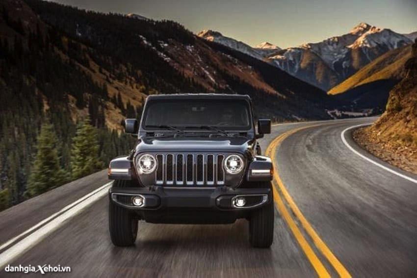 dau-xe-jeep-wrangler-2021-danhgiaxehoi-vn.jpg