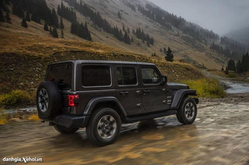 kha-nang-offroad-xe-jeep-wrangler-2021-danhgiaxehoi-vn.jpg