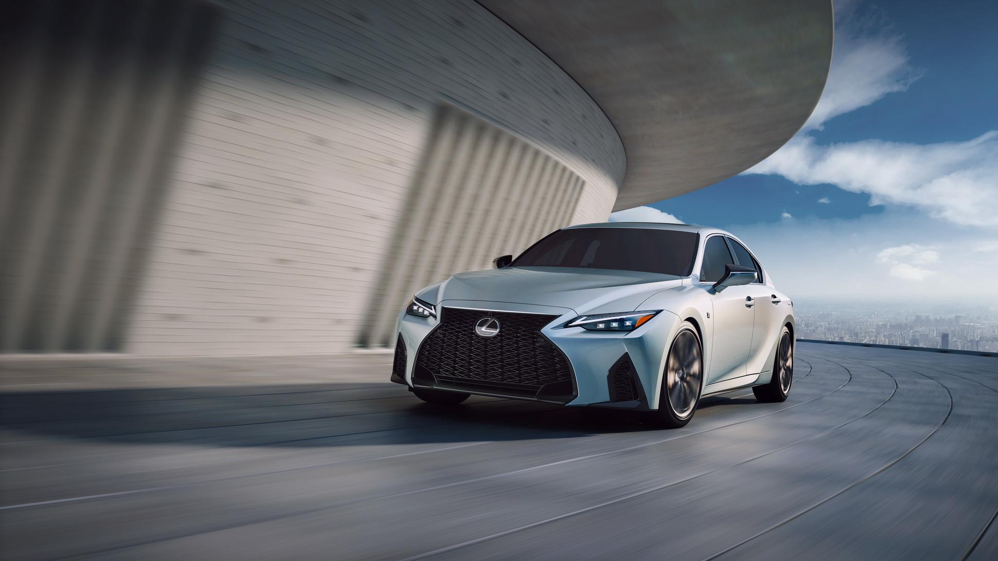 van-hanh-xe-Lexus-IS-2021-danhgiaxehoi-vn