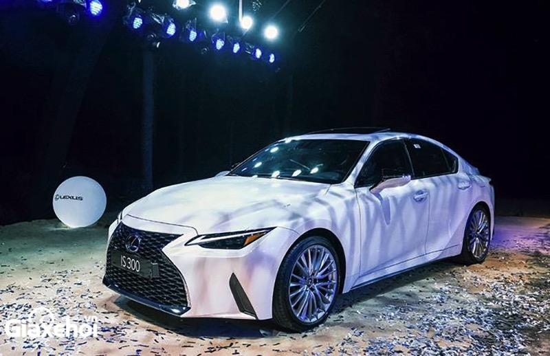 Đánh giá Lexus IS300 2022 ra mắt Việt Nam – Cạnh tranh Mercedes C-Class, BMW Series 3, Audi A4