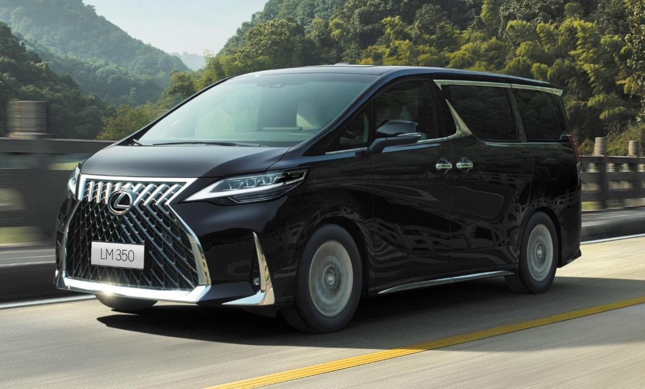 Lexus LM350 2022 7 chỗ sắp bán với giá dự kiến 6,99 tỷ