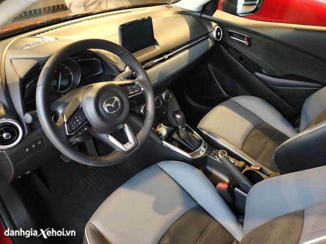 noi-that-xe-mazda-2-2021-sedan-muaxegiatot-vn