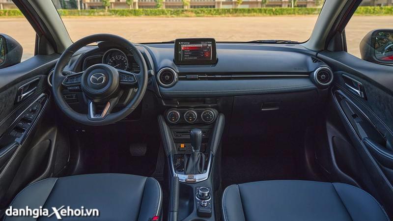 noi-that-Mazda-2-sport-hatchback-2021-danhgiaxehoi-vn