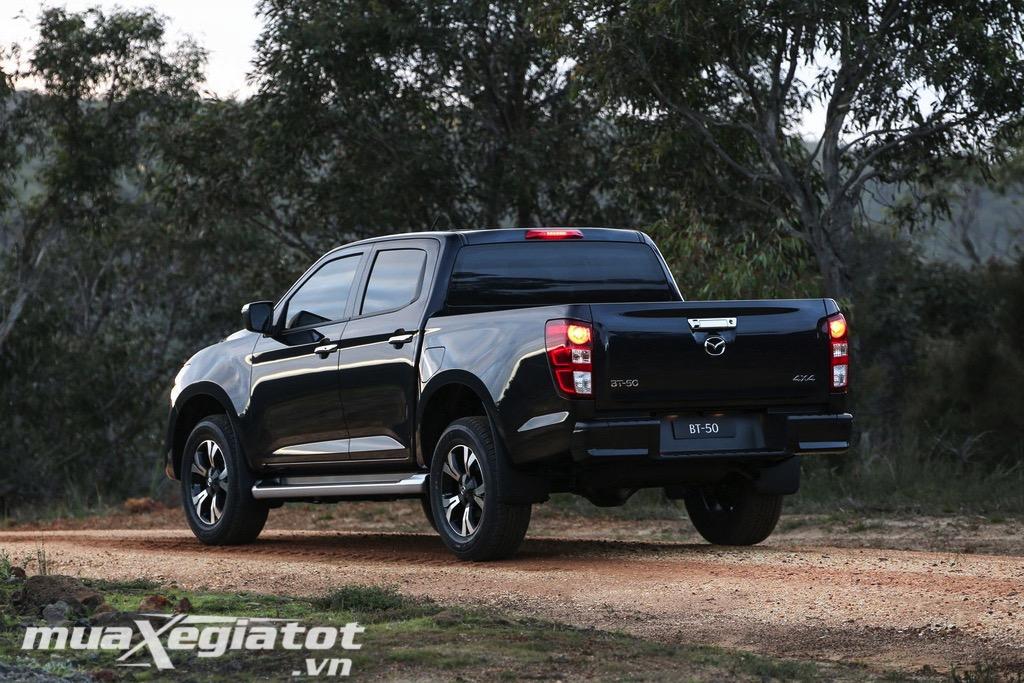 Duoi-xe-Mazda-BT-50-2021-danhgiaXehoi.vn