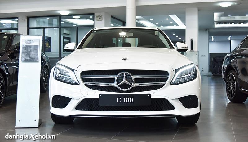 Đánh giá xe Mercedes C180 2022 – Kẻ xâm chiếm phân khúc sedan hạng D