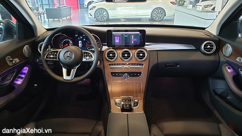 noi-that-xe-mercedes-c200-exclusive-2021-danhgiaxehoi-vn