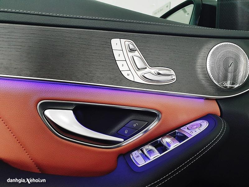 den-hau-xe-mercedes-c300-amg-2021-danhgiaxehoi-vn