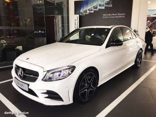 """Đánh giá xe Mercedes C300 AMG 2022: Mẫu xe sang """"quốc dân"""" đáng giá"""