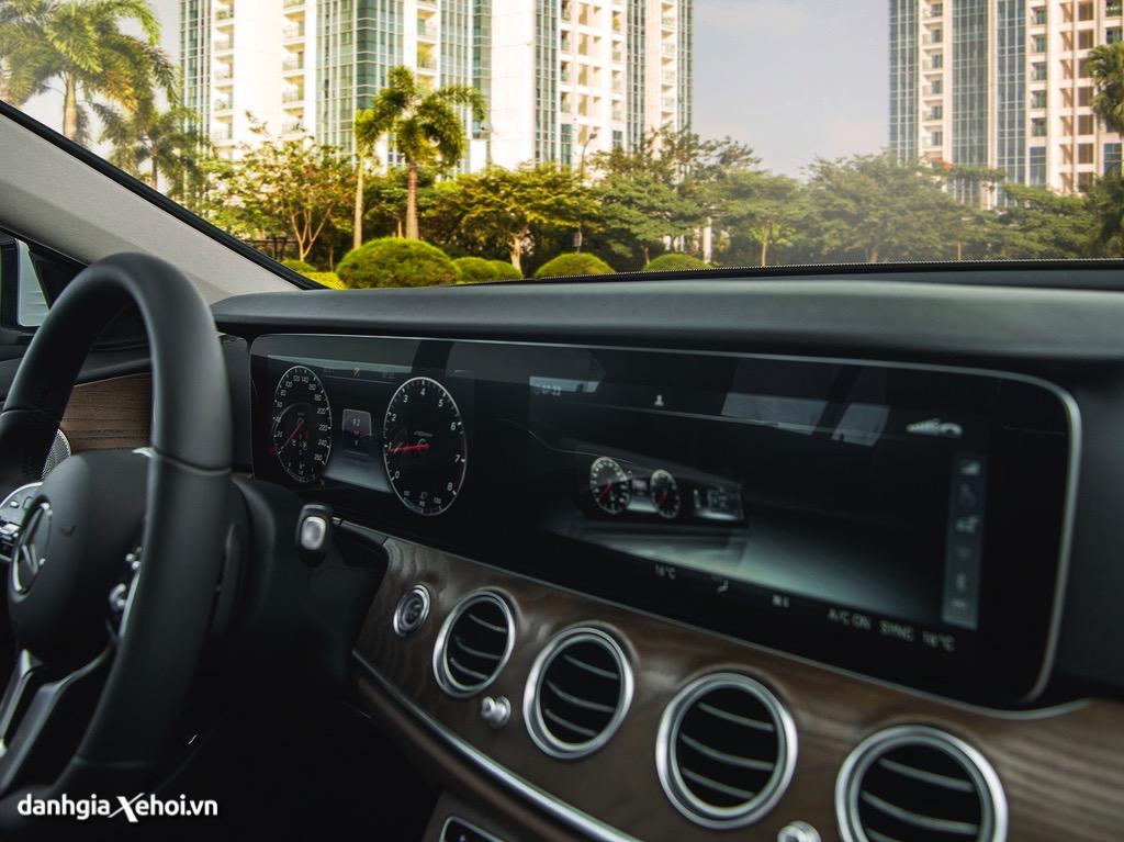 DVD-xe-Mercedes-E200-Exclusive-2021-danhgiaxehoi-vn