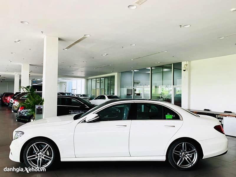 hong-xe-mercedes-e300-amg-2021-danhgiaxehoi-vn