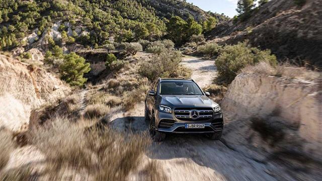 Mercedes-Benz-GLS-580-4Matic-2021-Giaxehoi-vn-10