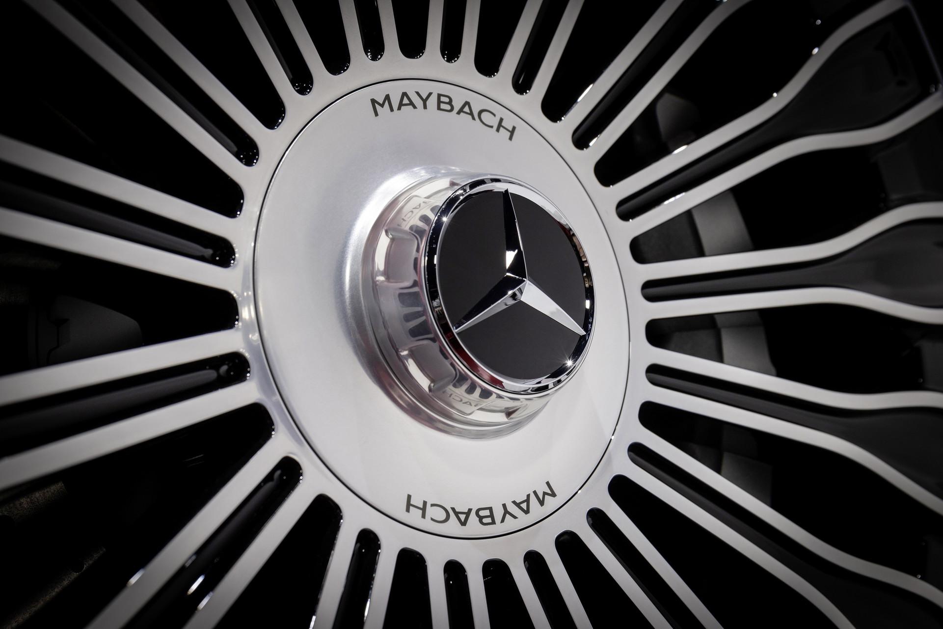 Truc-banh-xe-Mercedes-Maybach-S-Class-2021-giaxehoi-vn