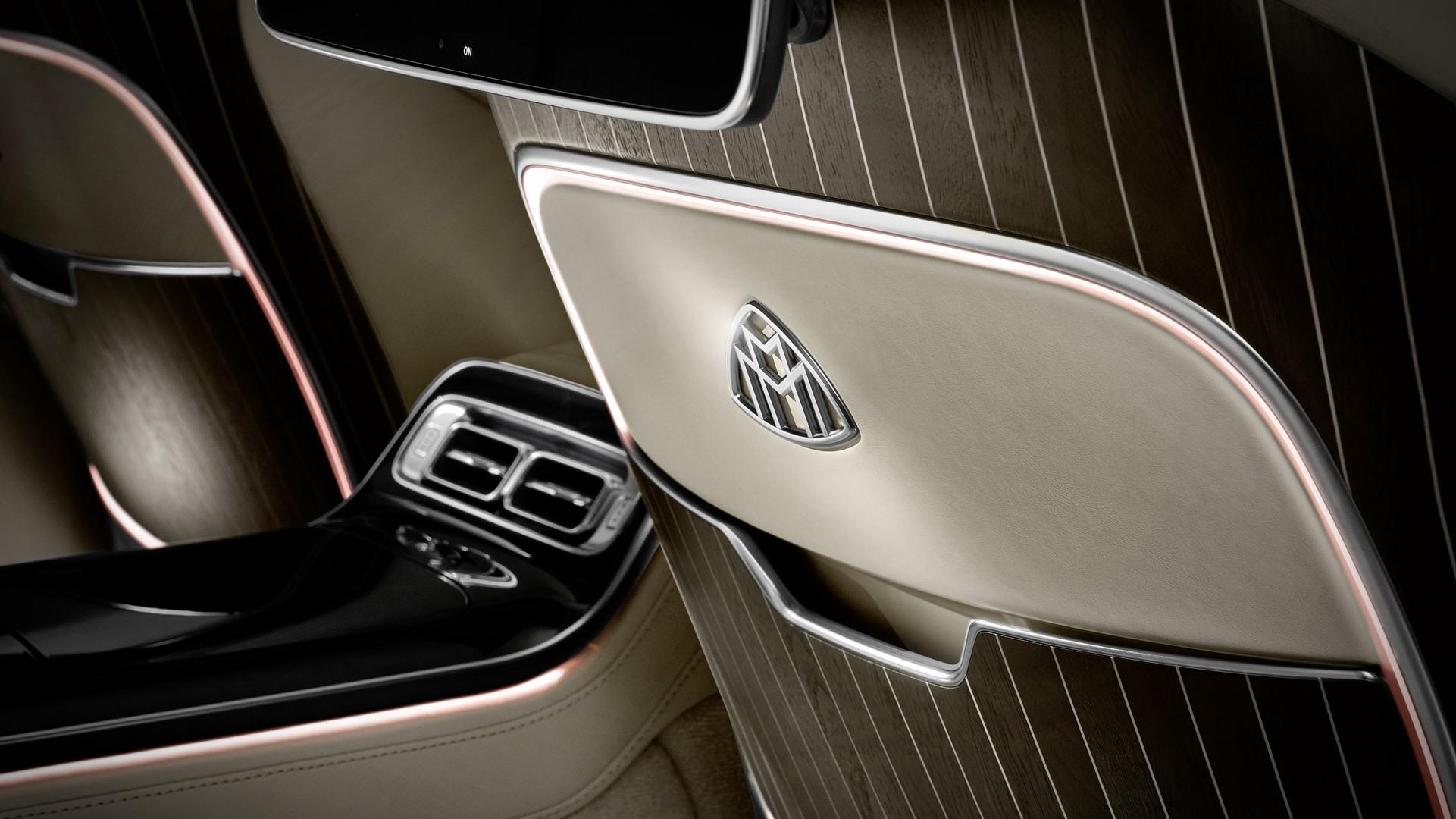 logo-hang-ghe-sau-xe-Mercedes-Maybach-S-Class-2021-giaxehoi-vn