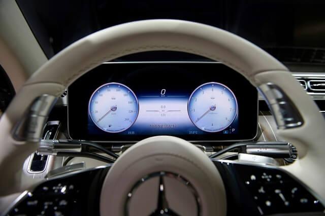 Mercedes-Maybach-S580-4Matic-2021-cum-dong-ho-giaxehoi-vn