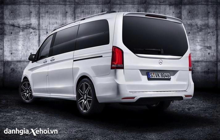 duoi-xe-mercedes-v250-amg-2021-danhgiaxehoi-vn-6