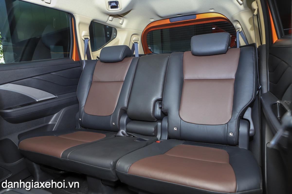 hang-ghe-thu-2-xe-mitsubishi-xpander-cross-2021-danhgiaxehoi-vn