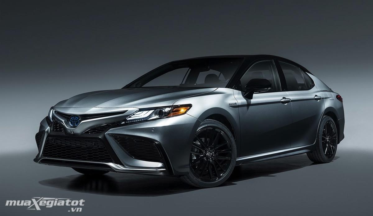 Đánh giá Toyota Camry 2022 – Sự nâng cấp đáng giá