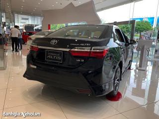 Đánh giá Toyota Corolla Altis 2022 – Giảm giá bán, nâng cấp nhẹ