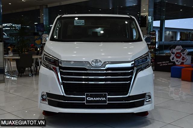 Đánh giá xe Toyota Granvia 2022 - Dòng xe hạng sang cho thương gia