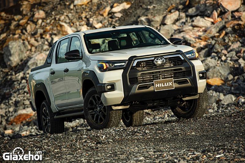 Đánh giá xe bán tải Toyota Hilux 2022, Có gì để cạnh tranh Ford Ranger?