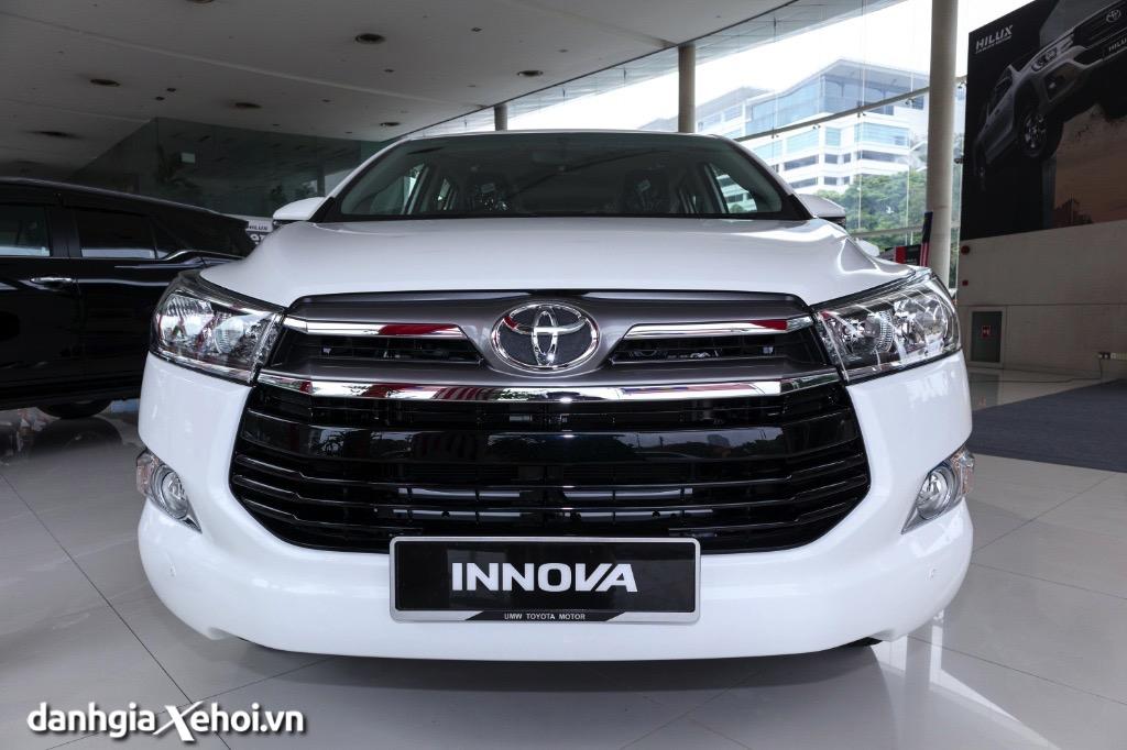 Đánh giá xe Toyota Innova 2022 – Có nên mua Toyota Innova vào thời điểm này?