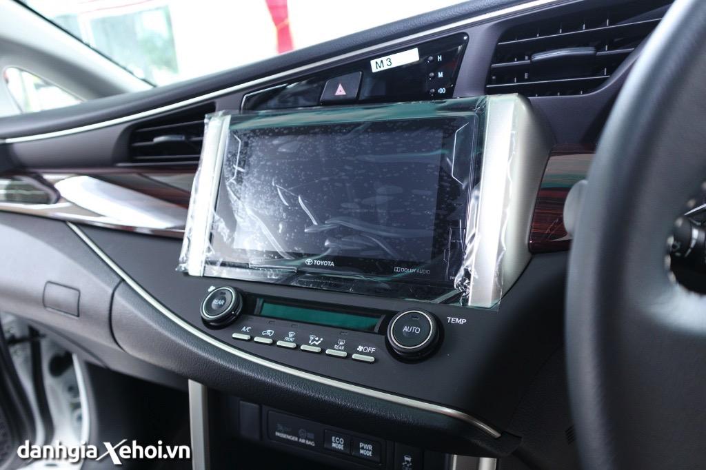 dvd-xe-toyota-innova-2021-danhgiaxehoi-vn