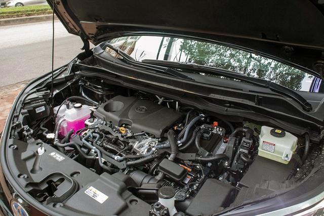 danh gia xe toyota sienna 2021 giaxehoi vn 2 - Cận cảnh Toyota Sienna 2021 đầu tiên tại Việt Nam, giá bán dự đoán hơn 4 tỷ đồng